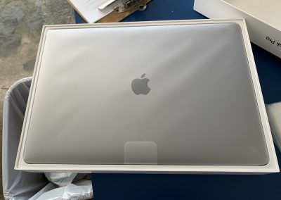 New In Box 15in MacBook Pro 2018 2.9Ghz 6 Core i9 16GB Ram 256GB SSD Space Gray New in Box