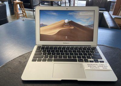 Used MacBook Air Early 2015 2.2Ghz i7 8GB Ram 500GB SSD