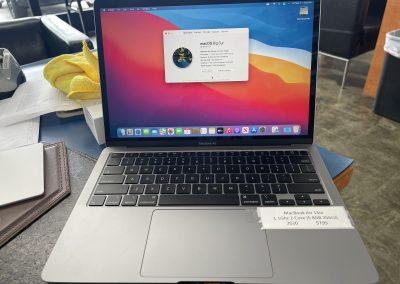 USED 2020 MacBook Air 1.1Ghz i5 8GB 256GB