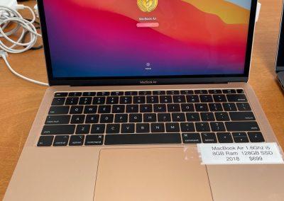 USED 2018 MacBook Air 1.6Ghz 8GB 128GB Gold